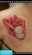 女性锁骨欧美彩色玫瑰纹身图案大全