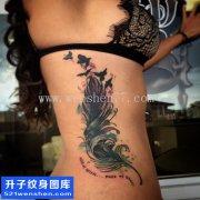 女性侧腰欧美羽毛纹身图案大全