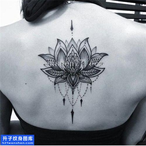 女性后背梵花纹身图案大全