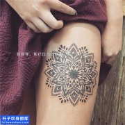 女性大腿梵花点刺纹身图案大全