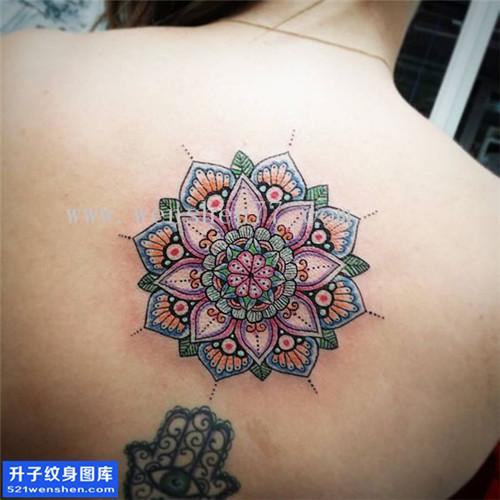 女性后背彩色梵花纹身图案大全