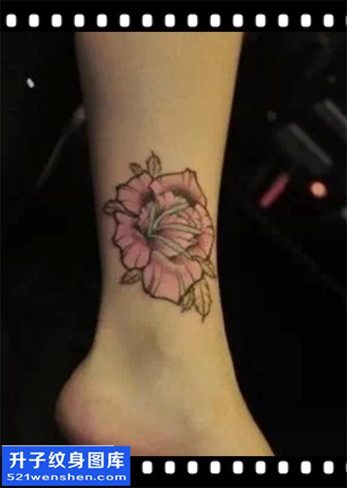 女性脚踝欧美彩色玫瑰纹身图案大全
