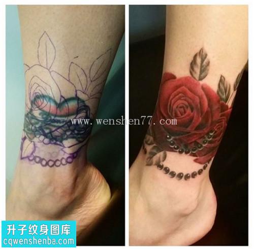 女性脚踝遮盖欧美玫瑰纹身图案大全