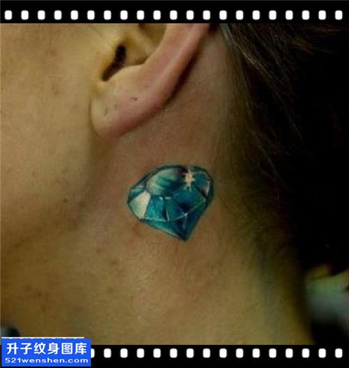 女性耳后欧美钻石纹身图案大全
