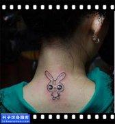 女性脖子小清新兔子纹身图案大全