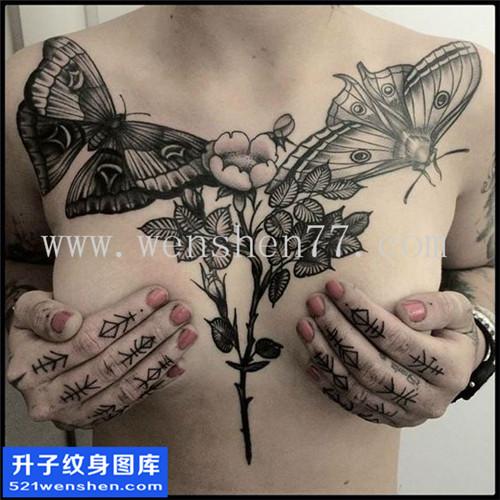 女性欧美花胸蝴蝶花纹身图案大全