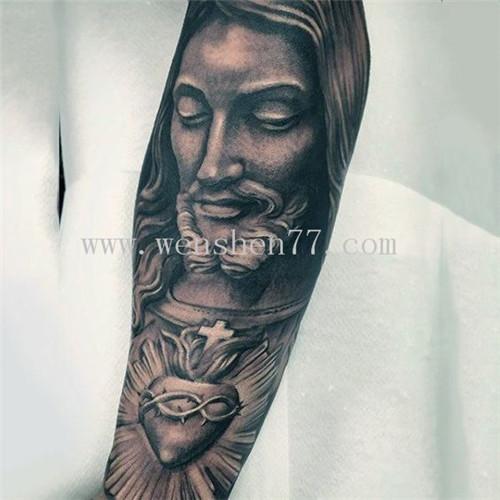 手臂耶稣纹身图案大全 南坪纹身