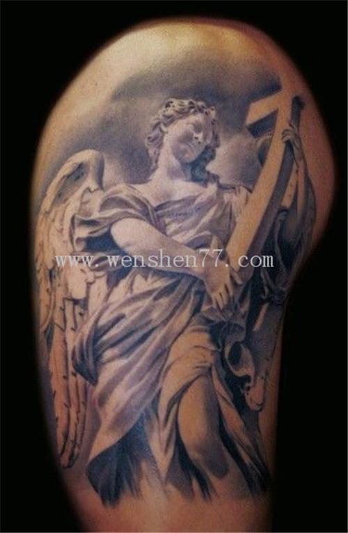 大臂写实天使纹身图案大全 大学城纹身