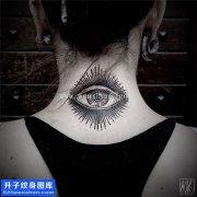 美女后脖子眼睛纹身图案大全