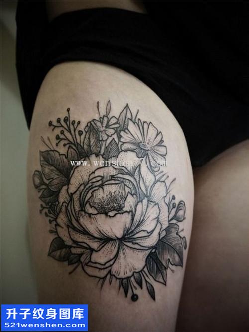 重庆纹身哪里好 女性大腿欧美牡丹纹身图案大全