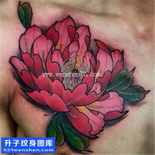 重庆纹身哪里便宜 男性胸口彩色传统牡丹纹身图案大全