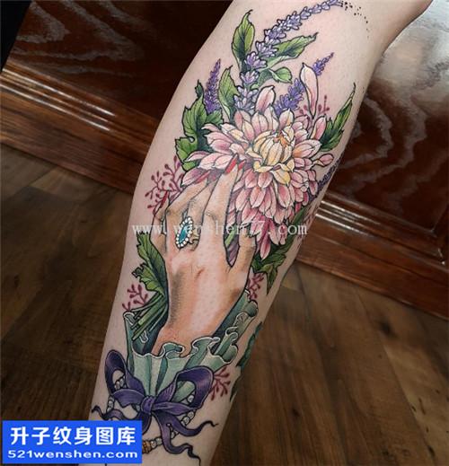 小腿手与植物花草纹身图片大全