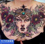 女性胸口大V肖像美女植物纹身图片大全