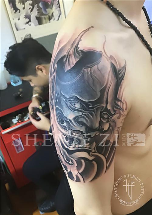 大臂外侧遮盖失败纹身般若纹身