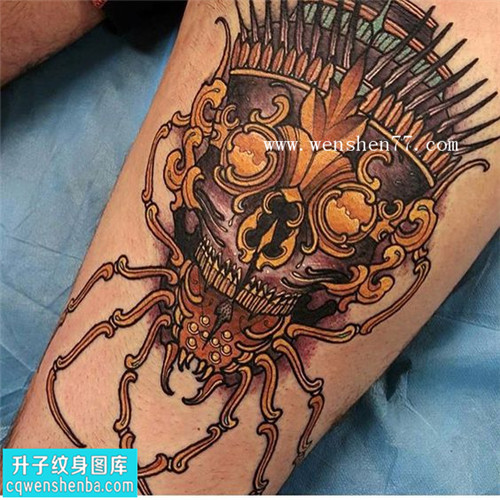 大腿蜘蛛嘎巴拉纹身图案