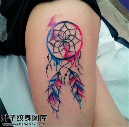 大腿捕梦网纹身图案