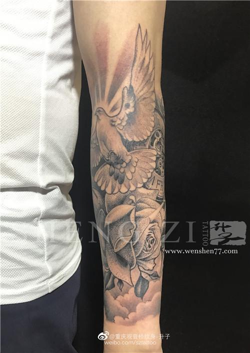 欧美点刺花臂纹身图案