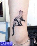 脚踝精致黑灰欧美小猫咪纹身图案