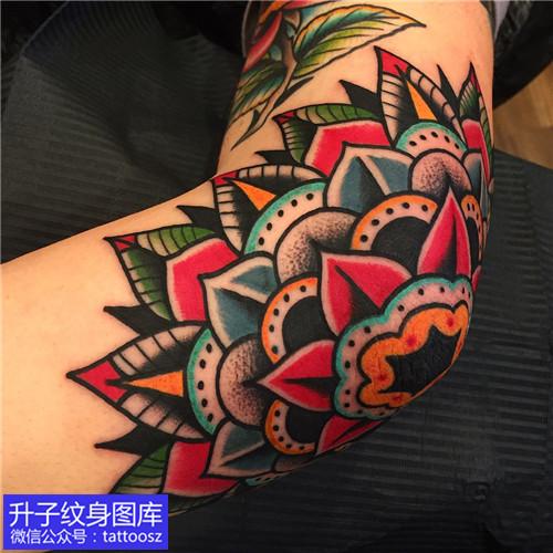 手道拐彩色梵花纹身图案