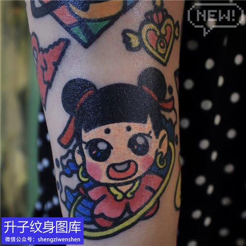 重庆刺青店推荐手臂卡通哪吒纹身图案