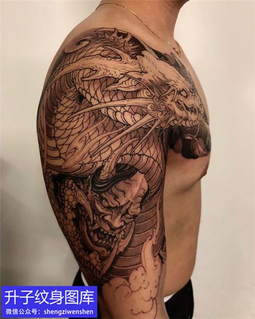 新传统半甲龙与般若纹身图案