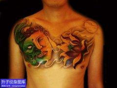 男性胸部佛与魔一念之间纹身图案