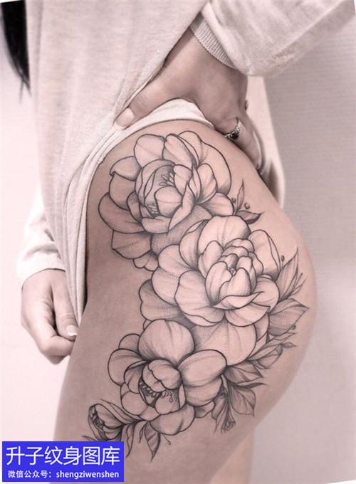 美女大图外侧素花纹身图案