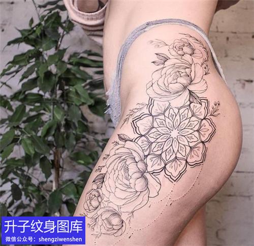 沙坪坝大腿外侧梵花纹身图案
