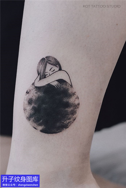 脚踝小女孩纹身图案