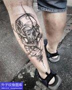 小腿骷髅头纹身图案