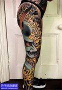 花腿般若菊花纹身图案