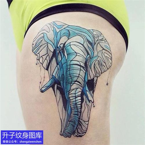 大腿外侧抽象派大象纹身图案
