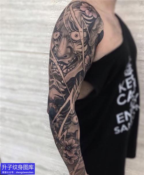 传统黑灰般若花臂纹身图案