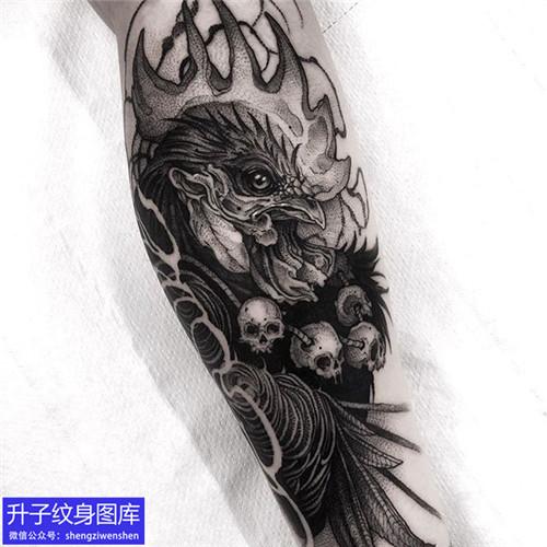 手臂暗黑系列公鸡纹身图案