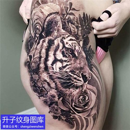 重庆纹身店推荐 大腿写实纹身 老虎纹身图案