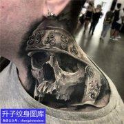 脖子欧美写实骷髅纹身图案